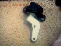 Подробнее: Замена верхней опоры двигателя Приоры и установка задней дополнительной опоры двигателя от 8 кл....